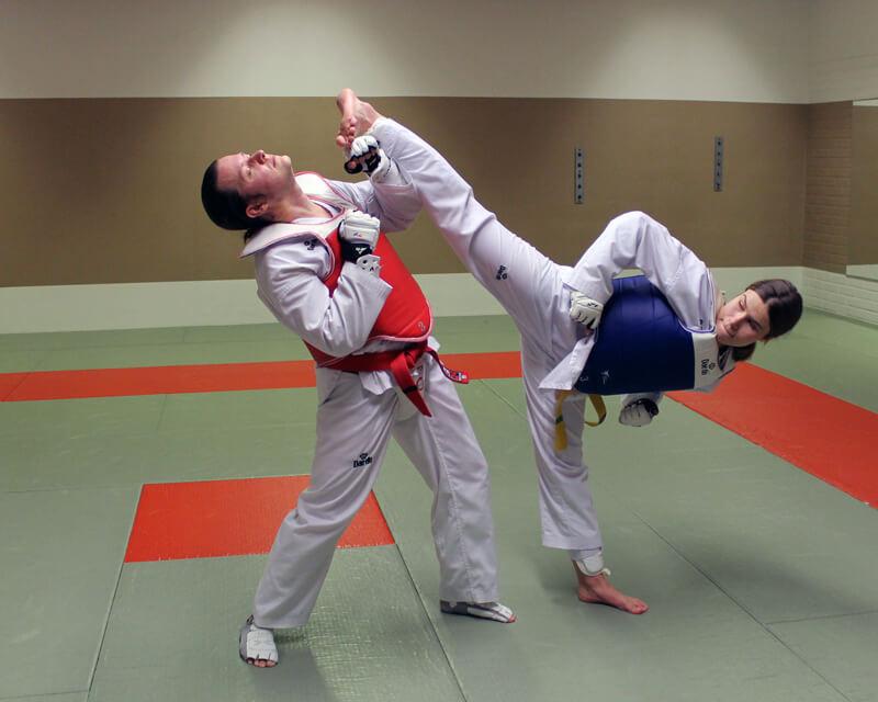 Taekwondo nuoret ja aikuiset